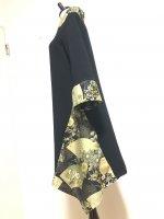 【即納】シルエット美しい 和柄着物襟風アシメントリーワンピース 留袖風扇 2L