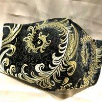 【即納】高級!上質 黒ジャガードに美しいゴールド羽根 和柄立体型マスク 通年タイプ 不織布内蔵 LLサイズ