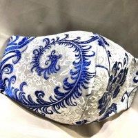【即納】上質ジャガード 白に美しい青の羽根や花柄 和柄立体型マスク 不織布内蔵 通年タイプ Lサイズ