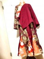 【即納】和装スーツセットアップ マーメイドスカート&羽織り 和柄 エンジ×YUWAオリエンタル花 着物リメイク 2L〜4L