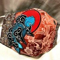 【即納】鯉×桜ジャガード ×ユリ紋章スタッズ 和柄 立体型マスク アジャスター付き 不織布内蔵 LLサイズ