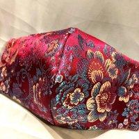 【即納】新柄!高級!上質ジャガード  ボルドーに艶やかな花 和柄立体型マスク 通年タイプ 不織布内蔵 LLサイズ
