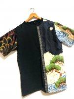 【即納】和柄半袖Tシャツ 黒に松波×糸菊 メンズL 着物リメイク