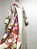 【即納】和柄振袖着物リメイクワンピースドレス ボリューム袖 ベージュ×ピンク花モチーフ ブルーレッド 丈125
