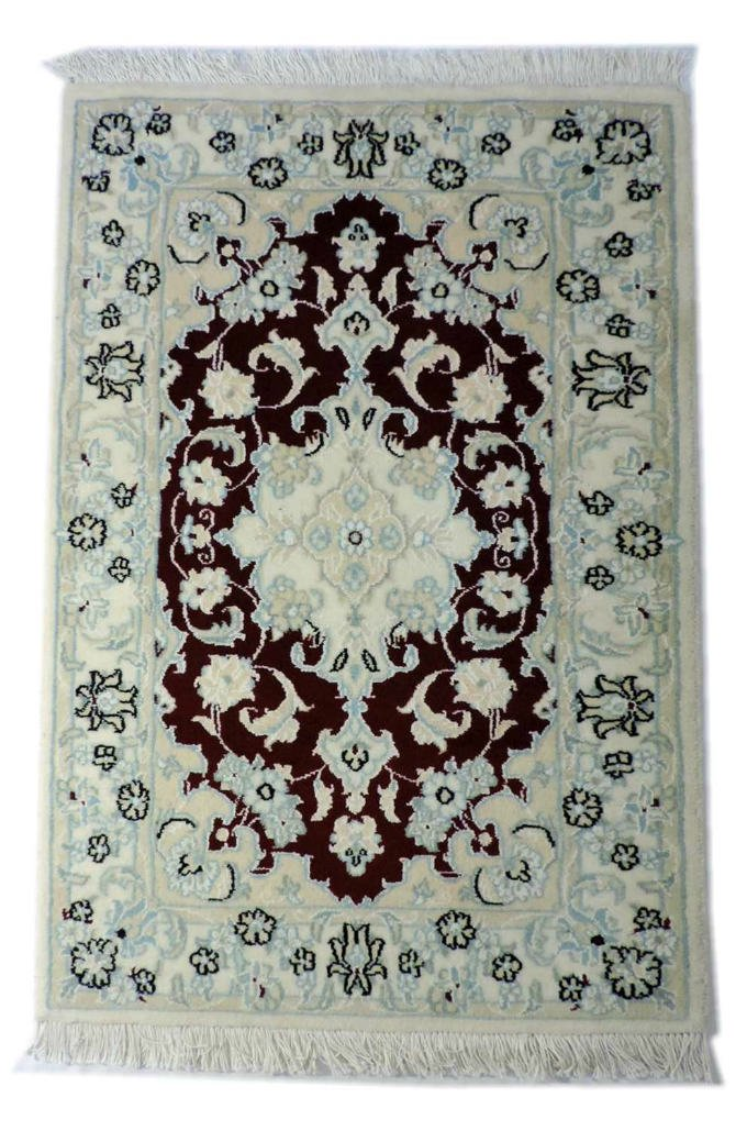 w294 ペルシャ絨毯・カーペット ウール&シルク 手織り ペルシャ絨毯の本場(イラン ナイン産) 玄関マットサ…