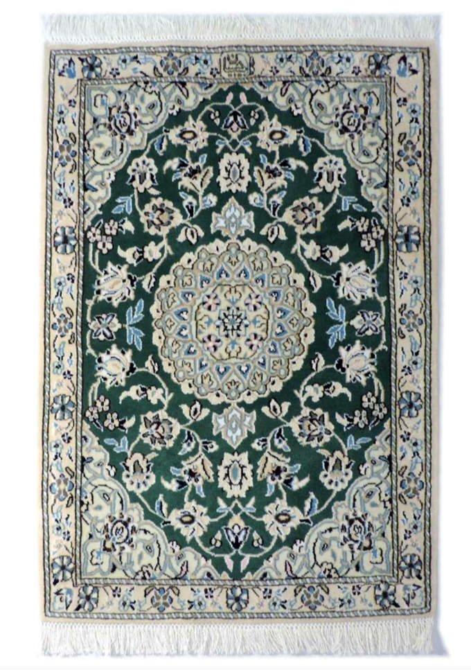 w249 ペルシャ絨毯・カーペット ウール&シルク 手織り ペルシャ絨毯の本場(イラン ナイン産) 玄関マットサ…