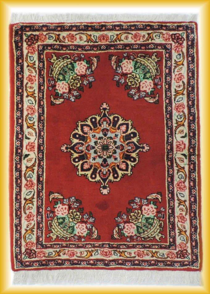 w-111 ペルシャ絨毯・カーペット ウール100% 手織り ペルシャ絨毯の本場(イラン カシャン産) 玄関マットサ…