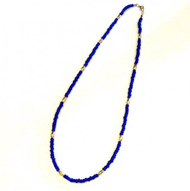 ビンゴブラザーズ ビーズ(ネイビー)×ゴールドパイプ ネックレス(45cm)