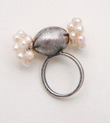 あめちゃんリング アンティーク 素材:アンティーク加工 真鍮 パール:本真珠 白