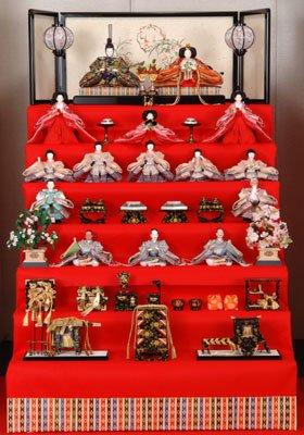 段飾り 雛人形 七 雛人形の飾り方(1〜7段)を写真で解説!おしゃれに魅せるポイントは?