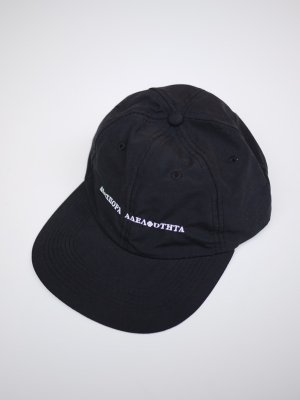 <img class='new_mark_img1' src='//img.shop-pro.jp/img/new/icons47.gif' style='border:none;display:inline;margin:0px;padding:0px;width:auto;' />Diaspora skateboards LONG LETTER BASEBALL CAP (BLK)