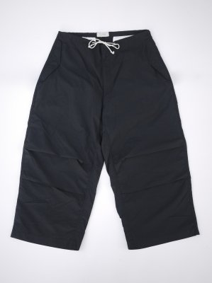 <img class='new_mark_img1' src='//img.shop-pro.jp/img/new/icons14.gif' style='border:none;display:inline;margin:0px;padding:0px;width:auto;' />JieDa PARACHUTE PANTS (BLK)