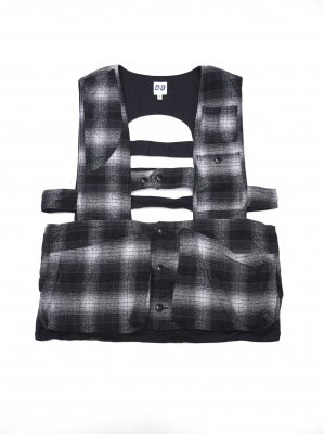 <img class='new_mark_img1' src='//img.shop-pro.jp/img/new/icons14.gif' style='border:none;display:inline;margin:0px;padding:0px;width:auto;' />AiE GAME VEST SHADOW PLAID (BLK)