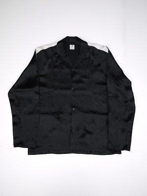 <img class='new_mark_img1' src='//img.shop-pro.jp/img/new/icons47.gif' style='border:none;display:inline;margin:0px;padding:0px;width:auto;' />Sasquatchfabrix. NOTCHED COLLAR SATIN SHIRT