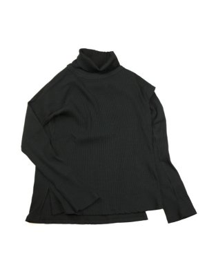 <img class='new_mark_img1' src='//img.shop-pro.jp/img/new/icons14.gif' style='border:none;display:inline;margin:0px;padding:0px;width:auto;' />Sasquatchfabrix.  LAYERED TURTLENECK (BLK)