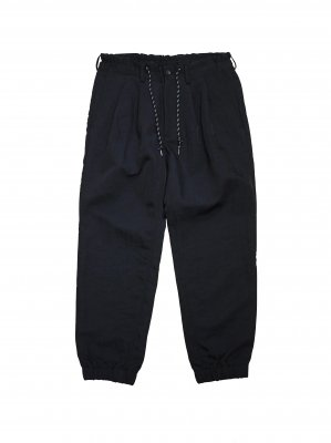 <img class='new_mark_img1' src='//img.shop-pro.jp/img/new/icons14.gif' style='border:none;display:inline;margin:0px;padding:0px;width:auto;' />JieDa  NYLON EASY PANTS (BLK)