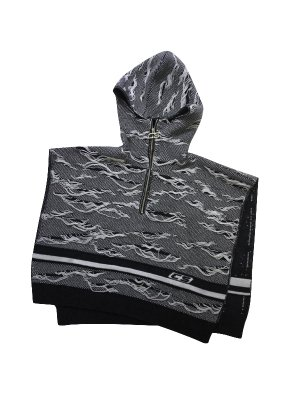 <img class='new_mark_img1' src='//img.shop-pro.jp/img/new/icons14.gif' style='border:none;display:inline;margin:0px;padding:0px;width:auto;' />CMMN SWDN ARRAN DISTRESSED - KNITTED PONCHO. WITH