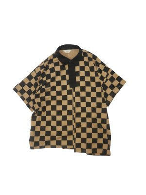 <img class='new_mark_img1' src='https://img.shop-pro.jp/img/new/icons16.gif' style='border:none;display:inline;margin:0px;padding:0px;width:auto;' />[40%OFF] JieDa CHECKERED RUGBY SHIRT (CAM)