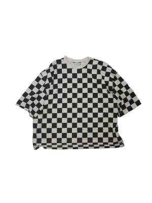 <img class='new_mark_img1' src='https://img.shop-pro.jp/img/new/icons16.gif' style='border:none;display:inline;margin:0px;padding:0px;width:auto;' />[40%OFF] JieDa CHECKERED OVER T-SHIRT (NAT)