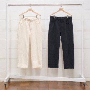 <img class='new_mark_img1' src='https://img.shop-pro.jp/img/new/icons14.gif' style='border:none;display:inline;margin:0px;padding:0px;width:auto;' />UNUSED COTTON PANTS