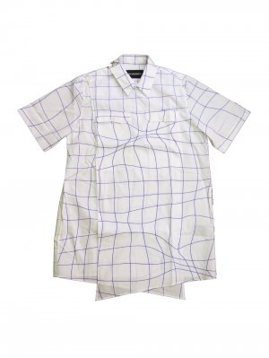 <img class='new_mark_img1' src='//img.shop-pro.jp/img/new/icons14.gif' style='border:none;display:inline;margin:0px;padding:0px;width:auto;' />YUKI HASHIMOTO WAVE GRID CROSSOVER SHORT SLEEVE SHIRTS (WHT)