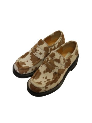 <img class='new_mark_img1' src='https://img.shop-pro.jp/img/new/icons14.gif' style='border:none;display:inline;margin:0px;padding:0px;width:auto;' />JieDa COW HAIR LOAFERS