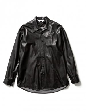 <img class='new_mark_img1' src='https://img.shop-pro.jp/img/new/icons14.gif' style='border:none;display:inline;margin:0px;padding:0px;width:auto;' />Sasquatchfabrix. FAKE LEATHER OPEN COLLAR SHIRT (BLK)