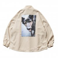 <img class='new_mark_img1' src='https://img.shop-pro.jp/img/new/icons8.gif' style='border:none;display:inline;margin:0px;padding:0px;width:auto;' />TIGHTBOOTH x JIRO KONAMI - DOG ANORAK (Beige)の商品画像