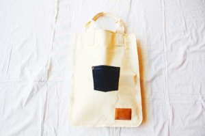 spoken words project スポークンワーズプロジェクト flat tote pocket(M)  [50%OFF]