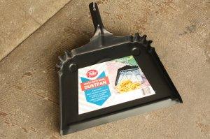■FULLER BRUSH CO.HANDRED HEAVY-DUTY STEEL DUST PAN16