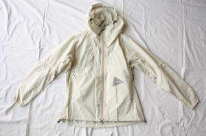 ■and wander アンドワンダー  light rain jacket 3  ライトレインジャケット