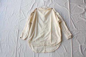 Yarmo ヤーモ  Horizontal Buttoned Neck Shirts シャツ