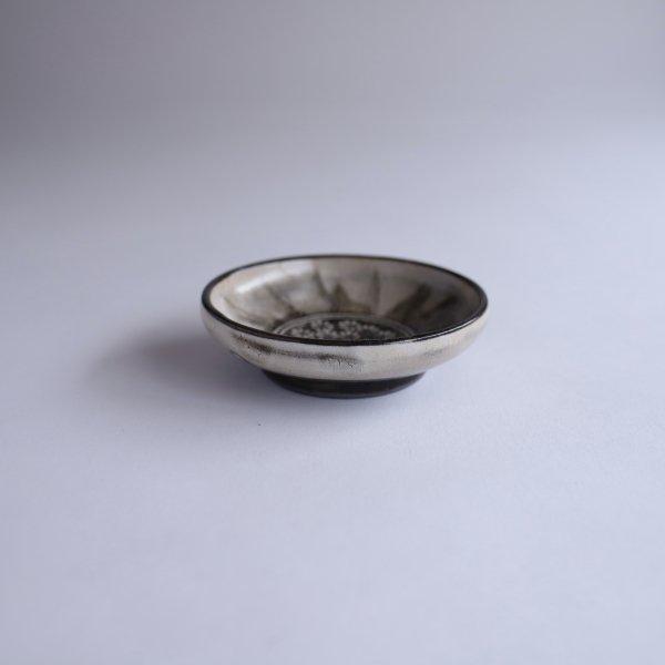 花三島豆皿