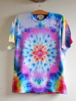 <img class='new_mark_img1' src='//img.shop-pro.jp/img/new/icons15.gif' style='border:none;display:inline;margin:0px;padding:0px;width:auto;' />Hippies Dye☆Tシャツ Lサイズ 曼荼羅タイダイ☆