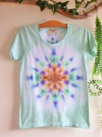 <img class='new_mark_img1' src='//img.shop-pro.jp/img/new/icons15.gif' style='border:none;display:inline;margin:0px;padding:0px;width:auto;' />Hippies Dye☆Tシャツ レディースMサイズ 淡いグリーン☆