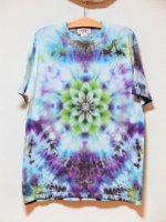<img class='new_mark_img1' src='https://img.shop-pro.jp/img/new/icons15.gif' style='border:none;display:inline;margin:0px;padding:0px;width:auto;' />Hippies Dye☆Tシャツ XLサイズ ブルー系ムラ染めに美しい曼荼羅模様!