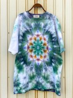 <img class='new_mark_img1' src='https://img.shop-pro.jp/img/new/icons15.gif' style='border:none;display:inline;margin:0px;padding:0px;width:auto;' />Hippies Dye☆Tシャツ XLサイズ グリーン系ムラ染めに美しい曼荼羅模様!