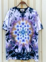 <img class='new_mark_img1' src='https://img.shop-pro.jp/img/new/icons15.gif' style='border:none;display:inline;margin:0px;padding:0px;width:auto;' />Hippies Dye☆Tシャツ Lサイズ ブラック系ムラ染めに美しい曼荼羅模様!