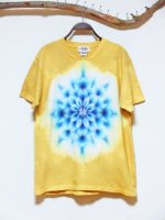 <img class='new_mark_img1' src='https://img.shop-pro.jp/img/new/icons15.gif' style='border:none;display:inline;margin:0px;padding:0px;width:auto;' />Hippies Dye☆Tシャツ Mサイズ タイダイ曼荼羅☆ ライトマスタード