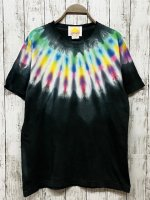 <img class='new_mark_img1' src='https://img.shop-pro.jp/img/new/icons15.gif' style='border:none;display:inline;margin:0px;padding:0px;width:auto;' />Hippies Dye Tシャツ Mサイズ ネイティブ風タイダイ染め ブラック