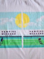 <img class='new_mark_img1' src='https://img.shop-pro.jp/img/new/icons15.gif' style='border:none;display:inline;margin:0px;padding:0px;width:auto;' />Vampire weekend バンドTシャツ