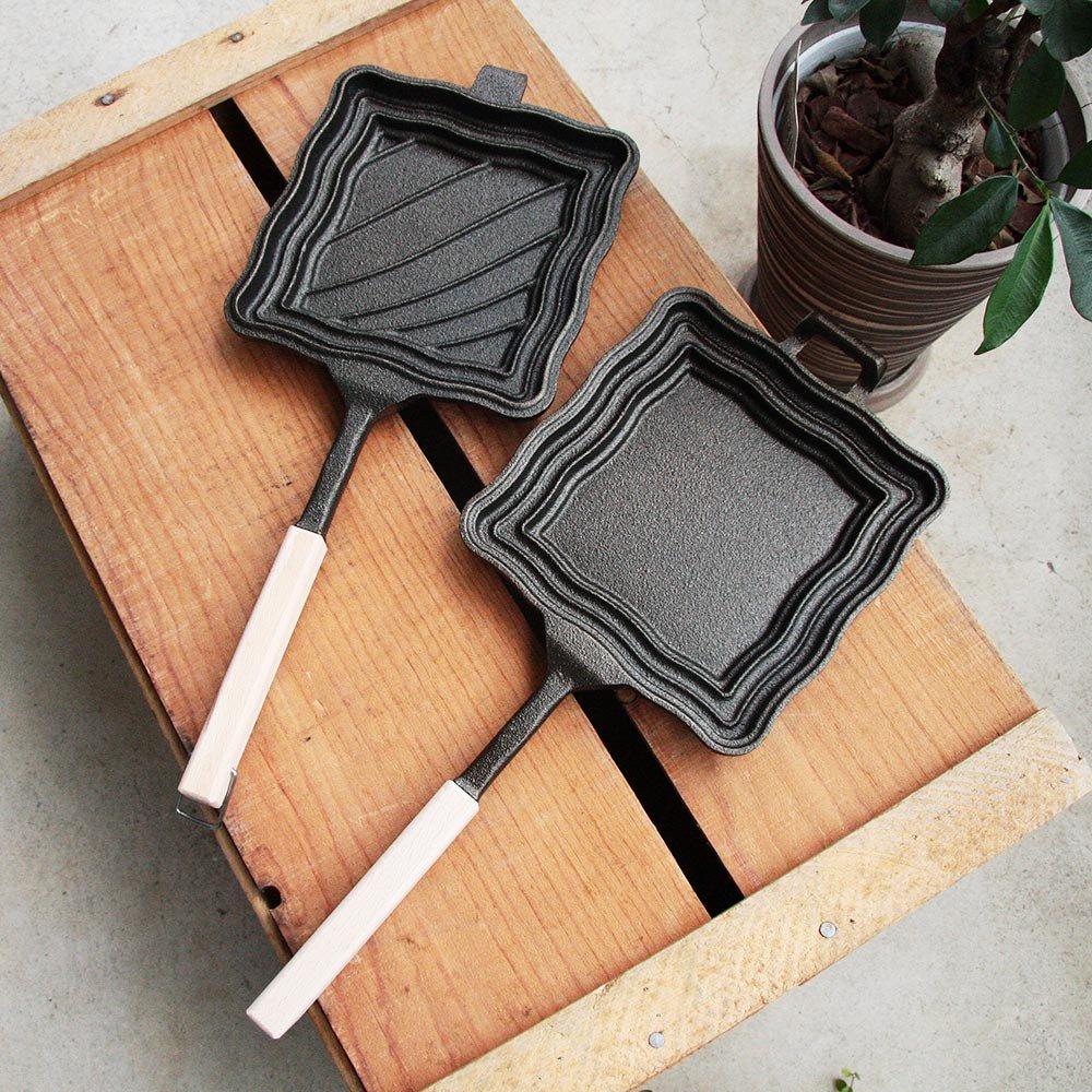 OUTSIDE IN Hot n'Toasty アウトサイドイン キャストアイロン ホットサンドメーカー Made in 新潟三条 鋳鉄製