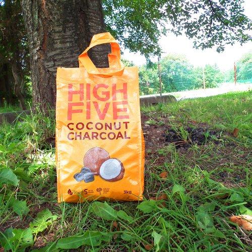 HIGH FIVE/Coconuts Briquette 3kg hai ハイファイブ ココナッツチャコール 炭 ヤシガラ BBQ エコ燃料