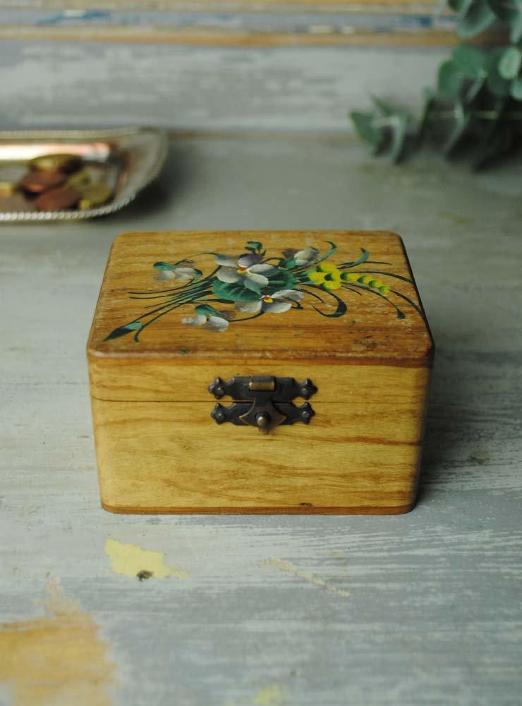 スミレとミモザのモシュリンヌ 木箱ボックス