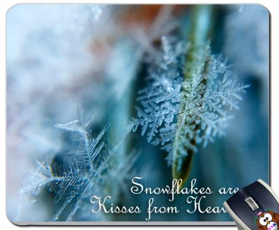 Snowflakes Are Kisses From Heaven 冬...