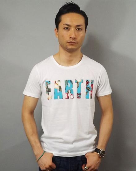 新作限定数量  EARTH 花柄Tシャツ 在庫残り僅か!!70%OFF!!在庫限り