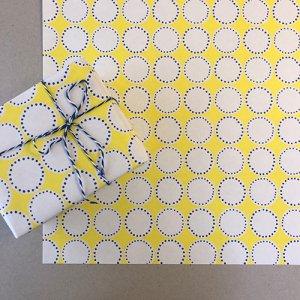 【大判オーダー】イエロー×ブルー丸ドット柄包装紙/500枚