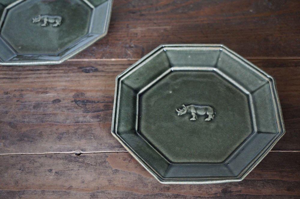 ベルベットグリーン 八角サイの皿