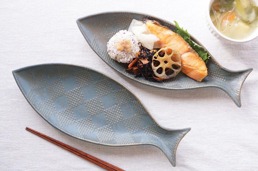 青錆釉 四月の魚 - J