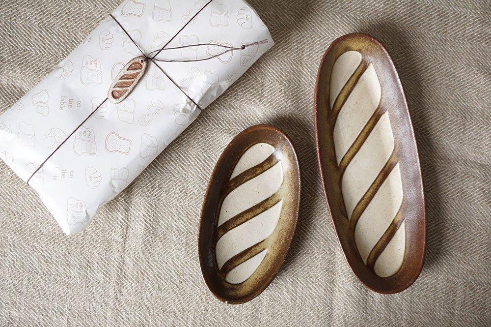 お包みフランスパン皿セット / チャーム付き